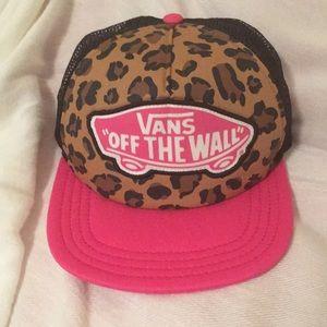 Vans hat leopard and pink HOT!